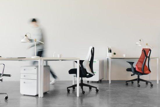Best Office Chairs Under $ 300